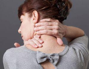 Automassage : une pratique pour s'occuper de soi / iStock.com -STUDIOGRANDOUEST