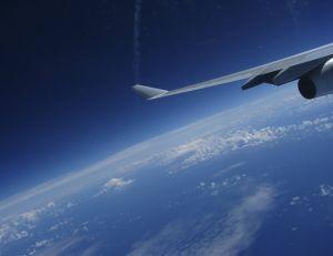 Et si les vols transatlantiques duraient plus longtemps à cause de l'effet climatique ?