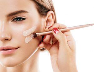 Beauté : adaptez vos cosmétiques à votre couleur de peau / iStock.com -utkamandarinka