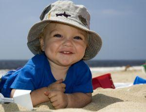 Bébé et le soleil : comment le protéger