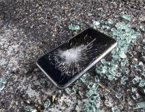 Quand casser des smartphones rapporte de l'argent...