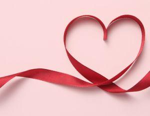 Offrir un cadeau à la Saint Valentin