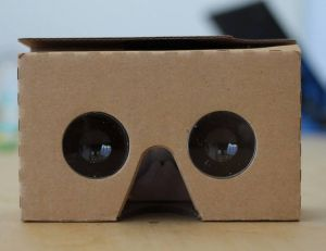 Aperçu du Google Cardboard - copyright Maurizio Pesce / Flickr CC.