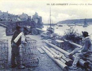 Des pêcheurs préparant les casiers à langoustes, début du 20e siècle