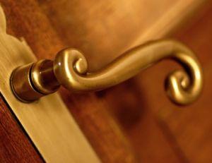 Ne négligez pas l'esthétique de vos poignées porte