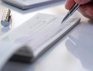 Le chèque de banque offre une double garantie : celle d'avoir affaire à un acheteur disposant des fonds nécessaires et celle de