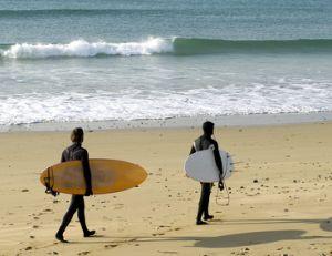 Comment choisir sa combinaison de surf