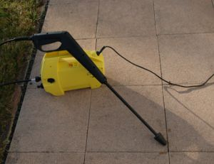 Outils du jardinier for Choisir nettoyeur haute pression