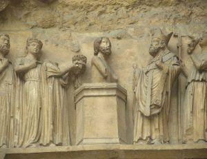 Mérovée, Clovis, Clotaire, Dagobert, les rois francs étaient tous chevelus !