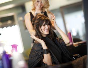 Salon de coiffure à la Mairie de Paris