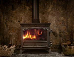 Les différents combustibles pour poêle à bois