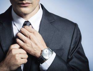 Assortiment cravate, chemise et veste