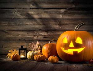 Comment transformer une citrouille en lanterne d 39 halloween - Comment creuser une citrouille ...