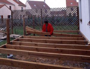 Construire une terrasse en bois for Construire terrasse bois
