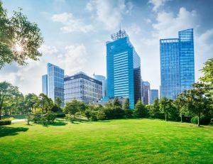 Coulée verte : quand la nature s'inscrit dans la ville / iStock.com -ithinksky