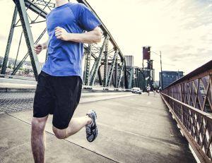 Courir en ville est bon pour la santé, à condition de respecter certaines recommandations - istockphoto
