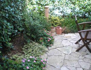 cr er un petit jardin. Black Bedroom Furniture Sets. Home Design Ideas