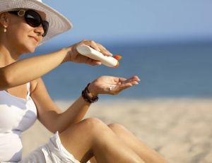Il existe de nombreuses crèmes solaires, et chacune doit être sélectionnée en fonction de nombreux paramètres...