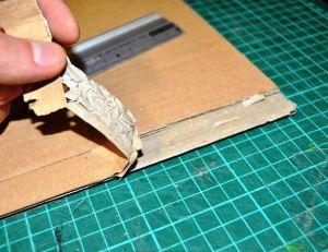 Découper une cannelure sur les plaques