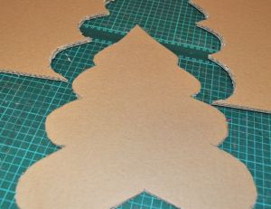 Fabriquer un sapin en carton - Sapin en carton a fabriquer ...