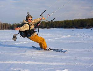 Découvrir les nouveaux sports d'hiver / iStock.com - Leks052
