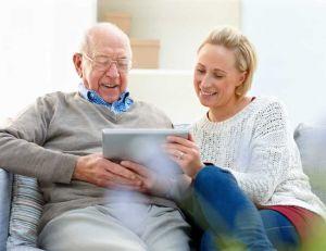 Demander une aide sociale à l'hébergement d'une personne âgée