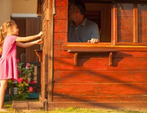 Des astuces pour bien entretenir une maisonnette en bois