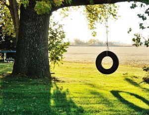 Des idées pour fabriquer une balançoire en pneu