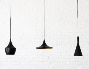 Donnez du cachet à votre décoration avec des suspensions lumineuses/ iStock.com -Baltskars