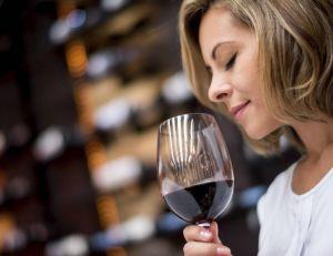 Il existe une astuce permettant de sauver un vin dont l'odeur est désagréable