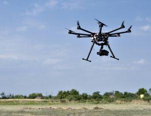 Les drones sont de plus en plus considérés comme un vrai danger pour les avions de ligne...