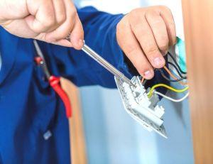 Les prix de l'électricité ont augmenté de 49 % depuis 2007, selon le médiateur de l'énergie