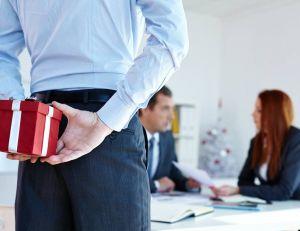 Entreprise : point sur la fiscalité des bons cadeaux / iStock.com -mediaphotos