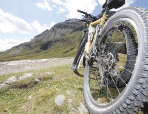 Vérifiez bien l'état de vos pneus avant de partir