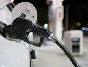 Pas de baisse de la taxation de l'essence début 2016, mais une augmentation au programme...