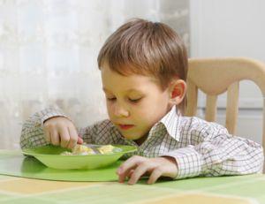 Evitez les poissons au goût trop prononcé avec les petits