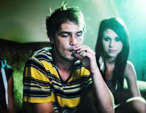 Le cannabis joue-t-il un rôle sur la croissance des ados ? - iStockPhoto
