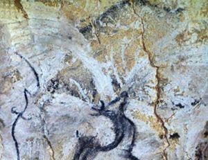 Des spécialistes pensent avoir identifié ce qui ressemblerait à la représentation d'une éruption volcanique dans la grotte de Chauvet