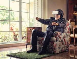 High-tech et seniors : quels cadeaux offrir à ses proches âgés ?