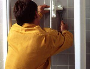 Douches et baignoires - Installer une cabine de douche ...
