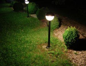 Installer un éclairage extérieur de jardin