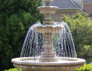 fontaine de jardin installer une fontaine dans son jardin. Black Bedroom Furniture Sets. Home Design Ideas