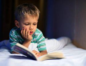 La lecture, passe-temps préféré des enfants / iStock.com -Imgorthand