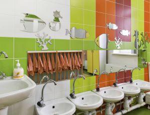 Aménager un lavabo à hauteur d'enfant : avantages et inconvénients