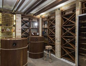Le cellier : un espace de stockage pratique pour le vin et les produits ménagers