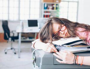 Le présentéisme au travail : aussi problématique que l'absentéisme ?