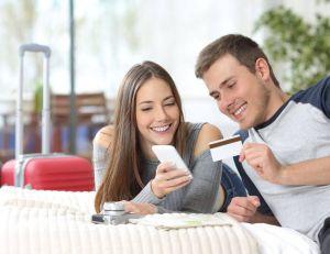Les avantages de réserver ses vacances en avance/ iStock.com - AntonioGuillem