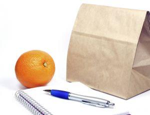 Riche en vitamines, l'orange est idéale pour retrouver un peu d'énergie au travail