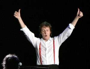 McCartney lors d'un concert en 2009