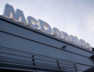 Une note interne diffusée par la direction de McDonald's met en lumière des pratiques peu reluisantes, à l'égard des sans-abris - Flickr CC. copyright